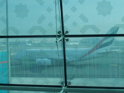 Dubai - Der A380 rollt an