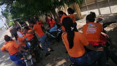 Photo of Banqueras de Loteka en Montecristi Protestan solo le pagaron 1400 la quincena turno completo.