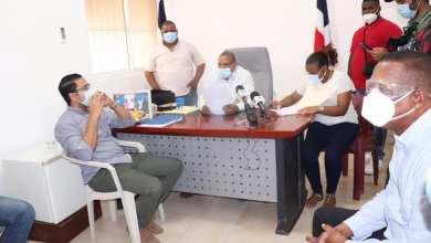 Photo of Alcalde Jesús Jerez y regidores ordenan cierre del Malecón, playas y lugares públicos en Montecristi