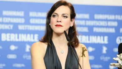 "Photo of La actriz chilena Daniela Vega se querella por juego que incita a ""matarla"""