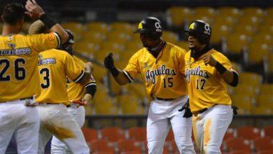 Photo of Las Águilas bloquean al Escogido 2-0