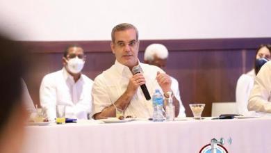 Photo of Abinader plantea posibilidad de extender los subsidios sociales para empleados suspendidos