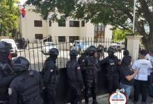 Photo of Policías de Villa Altagracia dan su versión sobre el acribillamiento por error a pareja cristiana