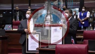"""Photo of PRM responde en el Senado y entrega 3 placas al PLD como """"el más corrupto de la historia"""""""