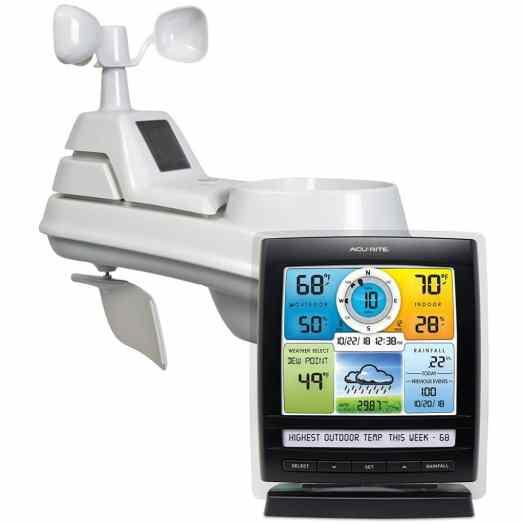 Estación meteorológica inalámbrica AcuRite 01512 con sensor meteorológico 5 en 1