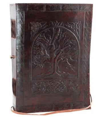 Libro grande de cuero blanco con árbol de la vida