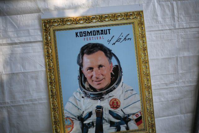 re:marx auf dem Kosmonaut: Als Oldtimer auf dem Autotuner-Treffen.