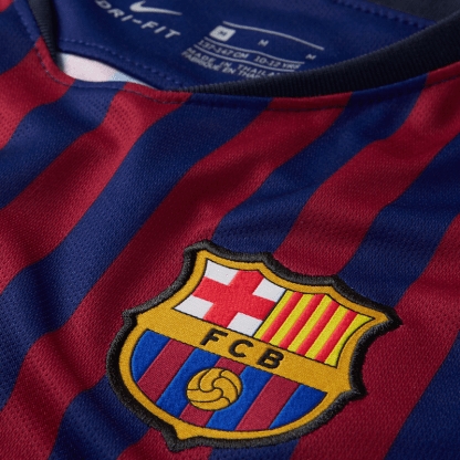 2018:19 FC Barcelona Home Football Shirt - Detail