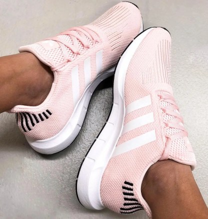 adidas Swift Run Shoes - Icey Pink 11