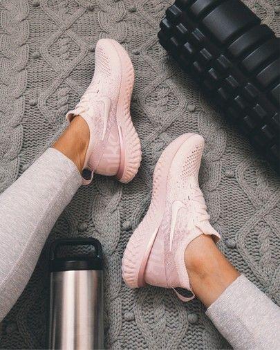 Nike Epic React Flyknit Shoe - Pink