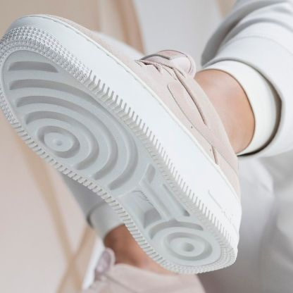 Nike Air Force 1 Sage Low - Beige - Shoes 2019 - below