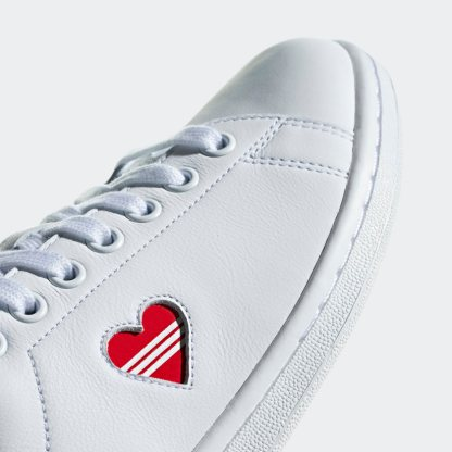adidas Stan Smith Red Heart Valentine's Day Shoes - detail