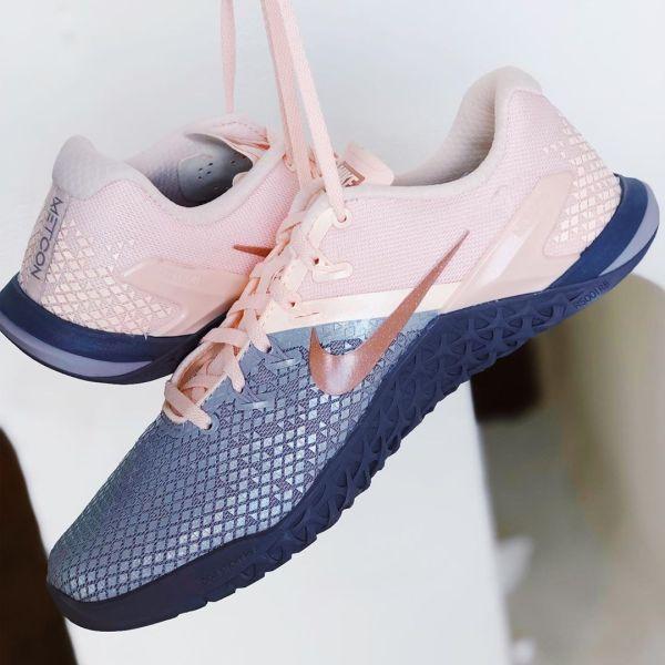 Pink Grey CrossFit Nike Metcon 4 XD Metallic Shoes