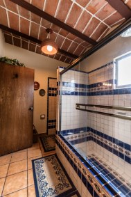 128 CDM BATHROOM 2