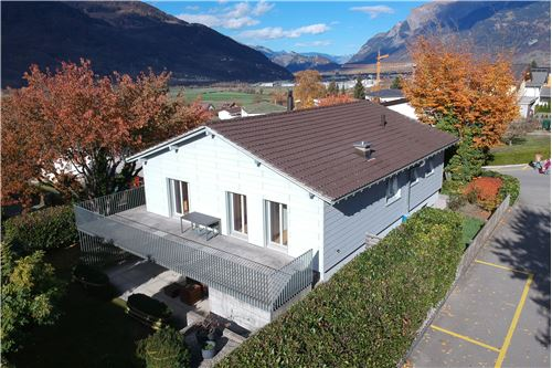 REMAX Capricorn  Zizers  Zizers Landquart  Schweiz