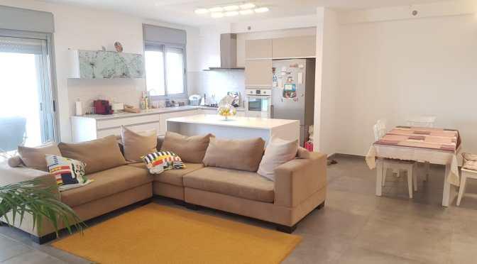 דירות למכירה בחולון שדרת המגדלים ח 501 רחוב דגניה, 5 חדרים מדהימה!