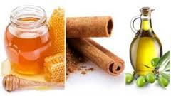 Canela, miel y aceite de oliva para el pelo