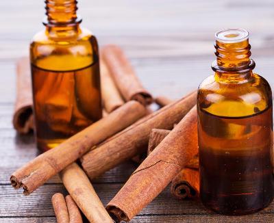 Canela y aceite de oliva para el cabello