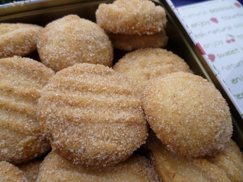 Galletas de canela con azúcar