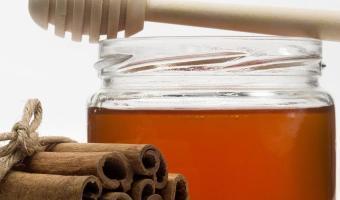3 maneras de combinar la miel y la canela para bajar de peso