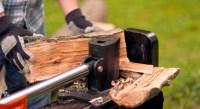 How to Use a Log Splitter Safely | Remington Log Splitters