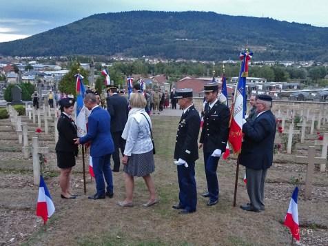 04 Hommage au cimetière Militaire (7)