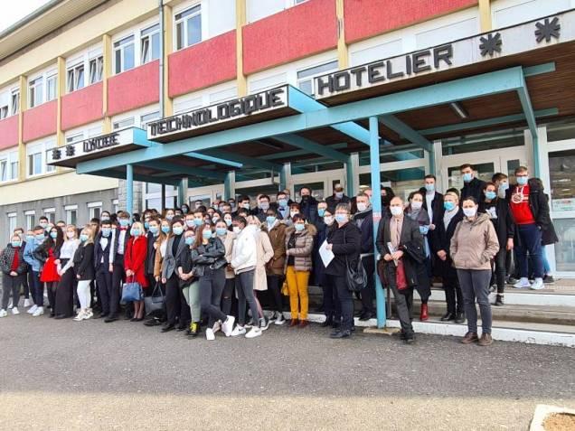 manif-BTS-lycée-Chardin-1