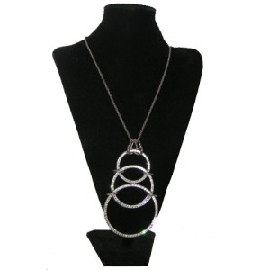 castlecliff tri circle pendant-the remix vintage fashion