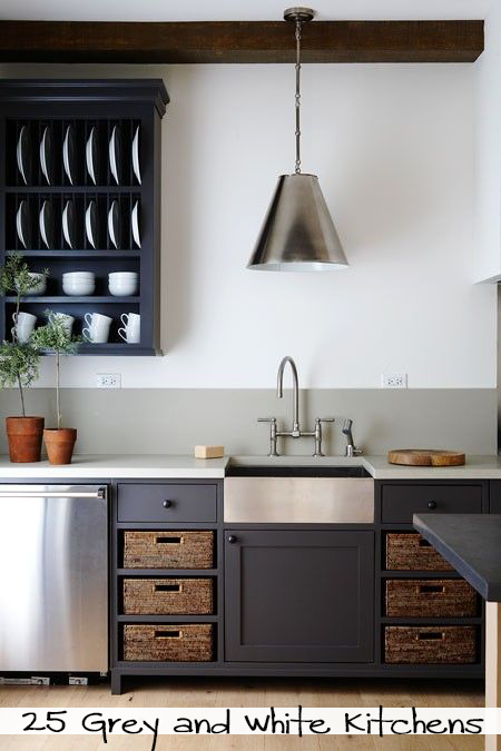 dark-grey-painted-cabients2