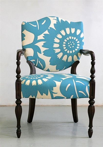 tipsaholic-floral-chair-upholstery-modern-house-in-sight