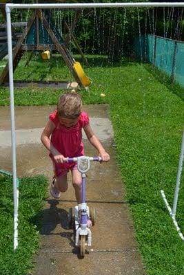 tipsaholic-pvc-sprinkler-come-together-kids