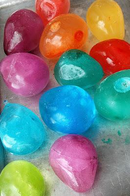 tipsaholic-colored-glass-hurrayic