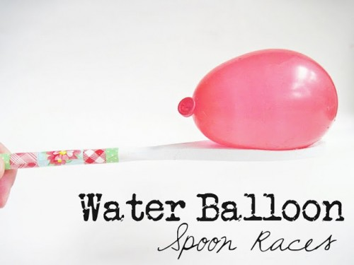 tipsaholic-water-balloon-spoon-race-two-shades-of-pink