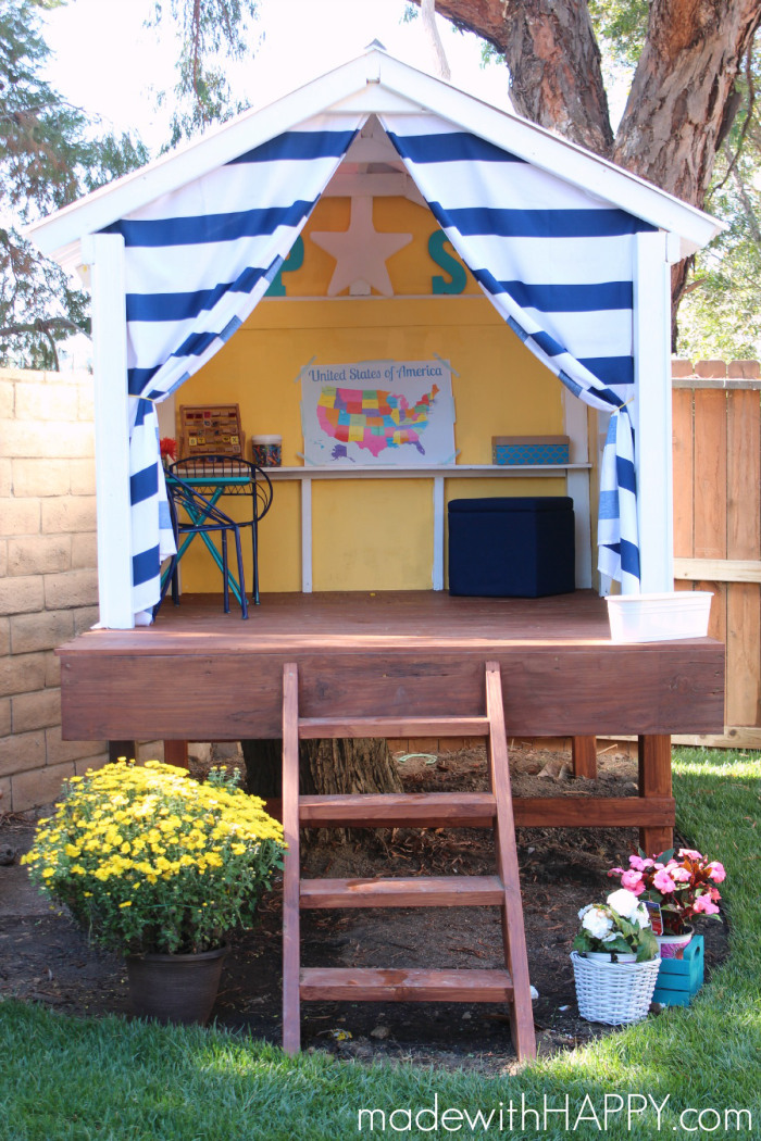 If Youu0027ve Got A Tree Stump Handy, You Can Create An Amazing Fort. Made Out  Of Wood, This Playhouse Styled Fort Is Basically A Platform Resting On A  Stump.