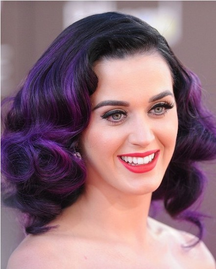 Give up your boring color routine and try something new with one of these creative trendy hair colors! Subtle or stunning, there's a color for everyone. 7 Unnaturally Trend Hair Colors to Try ~ Tipsaholic.com #hair #color