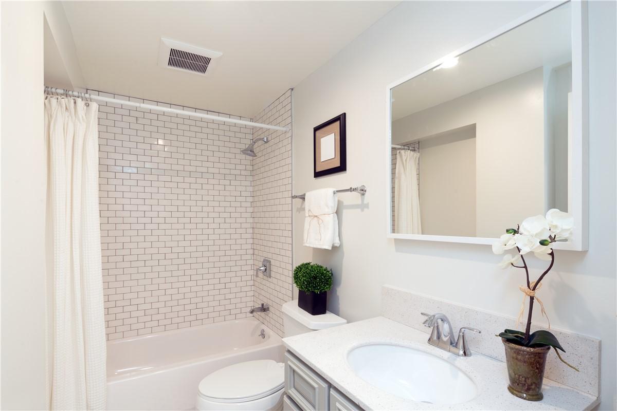 Houston Bathroom Remodel  Texas Bath Remodeling  Texas