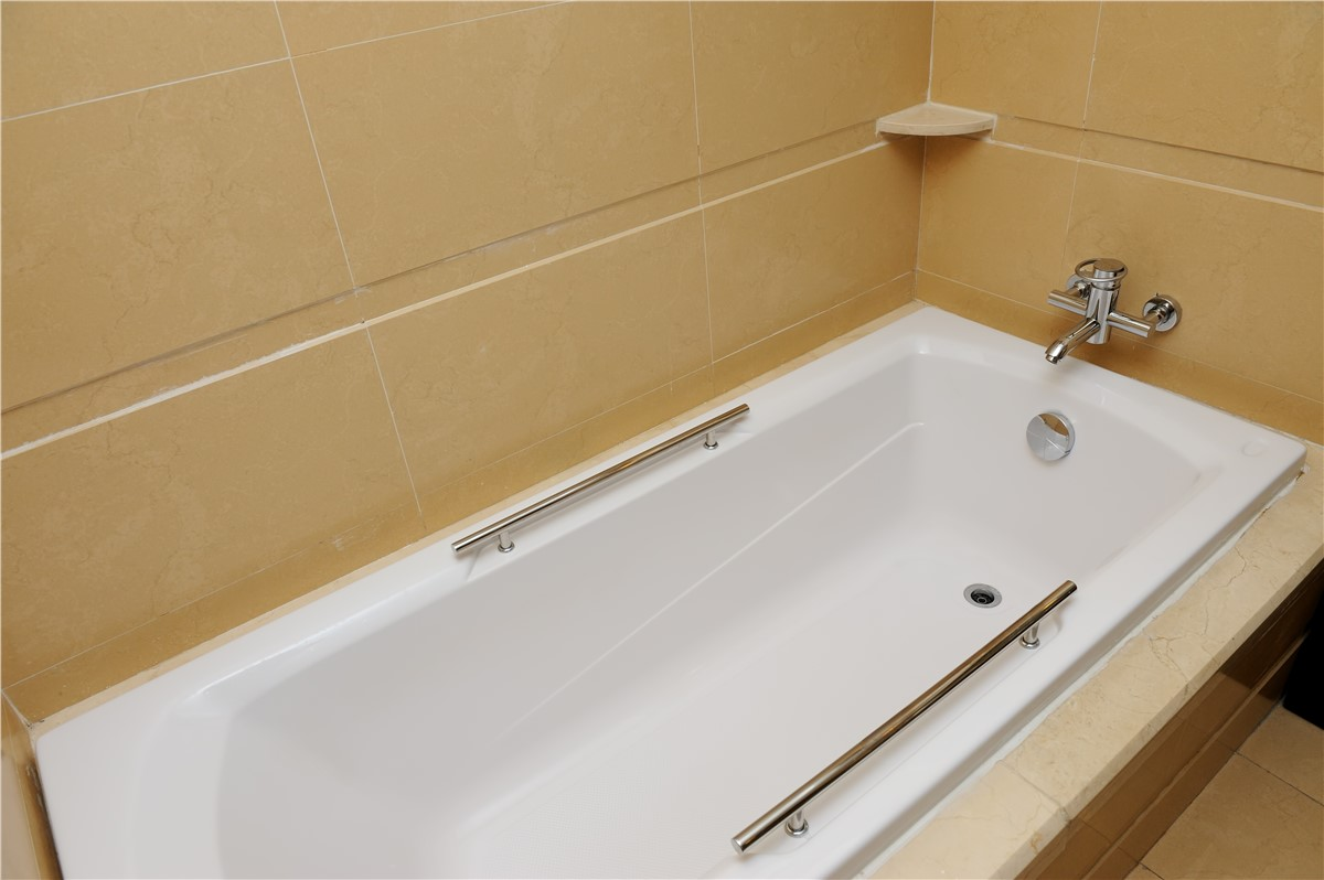 Houston Bathtub Replacement  Texas Replacement Tubs  Texas Remodel Team