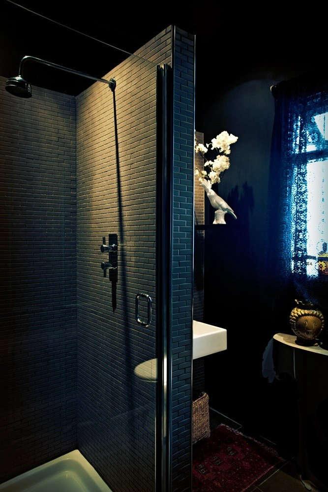 Gothic Bathroom Design Ideas