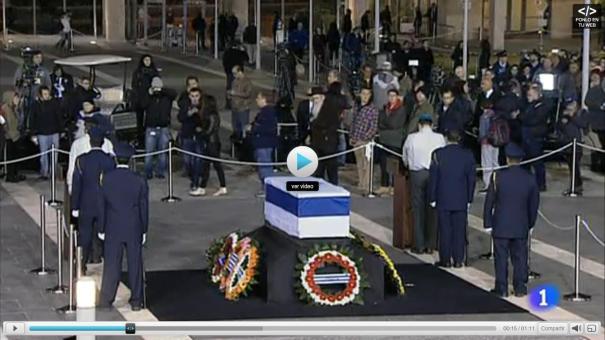 18 Israel da el último adiós a Ariel Sharon [Video]