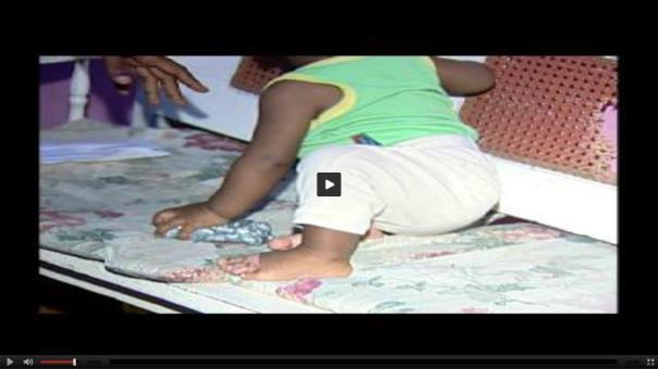 28 Video  Mujer acusa al padre de provocar quemaduras a su bebé [RD]