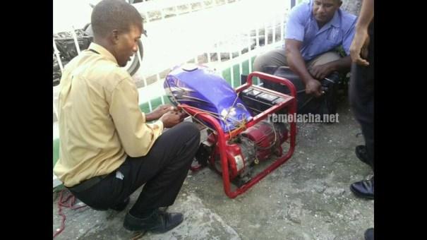 mcgyver Un MacGyver dominicano ayuda iglesia con el calor [foto]