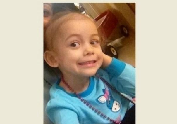 Chrysty Isabella, de tres años y medio, sufre un cáncer llamado Neuroblastoma.