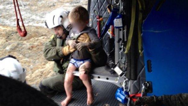 0010832987 Chequeen rescate aéreo de niño atrapado por alud en EEUU [Video]
