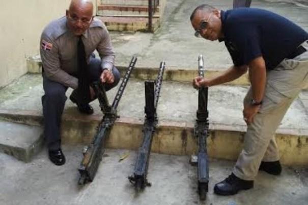5804940709ea5b89d81fbd02797ddfc2 620x412 Hallan armas de la Segunda Guerra Mundial en una metalera [RD]