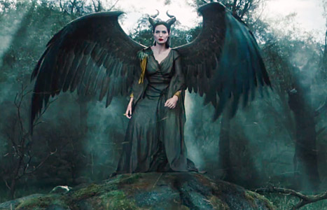 angelina jolie maleficent lg Angelina Jolie extiende sus alas en nuevo trailer de Maléfica