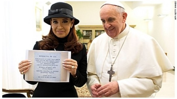 130318095036 cristina papa story top Iglesia Católica bautiza por primera vez una hija de lesbianas [Argentina]