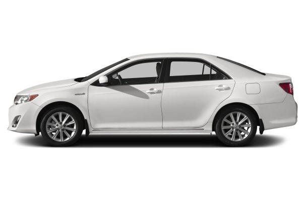 2014-Toyota-Camry-Hybrid-Sedan-LE-4dr-Sedan-Photo-23