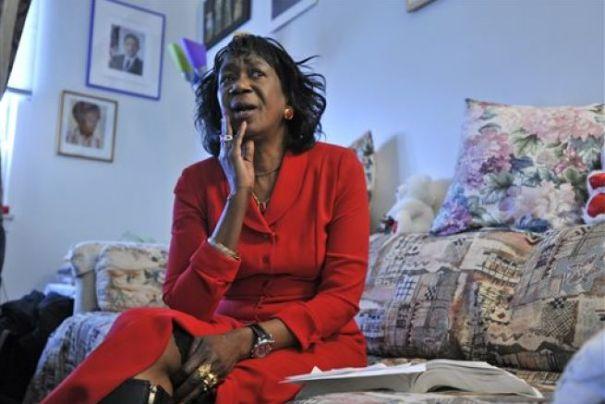 zeituni onyango tia de obama 655x438 Muere tía de Obama que estuvo ilegal en EE.UU.