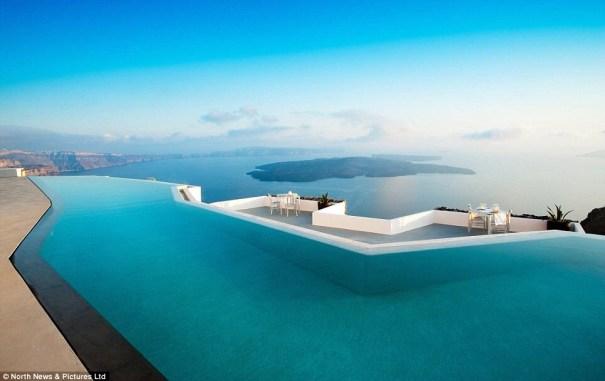 image49 Las 10 mejores piscinas infinitas en el mundo