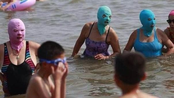 20140710 131248 47568020 Así se protegen en China del sol de verano [fotos]